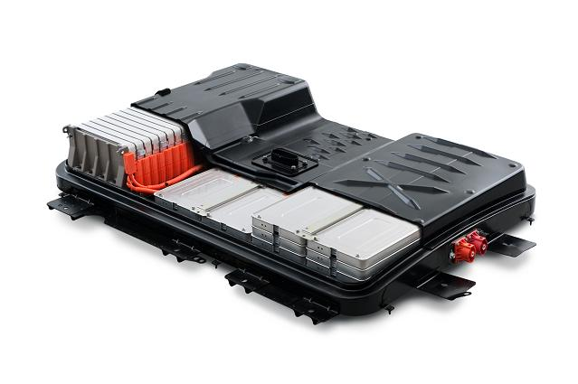 Nissan Leaf battery pack cut-away. The pack is made of 48 cells, and each cell houses 4 batteries. It's thin and wide, housed under the floor panel. This contributes to a low center of gravity and gives the car a competent feeling in turns. Photo  from Nissan.